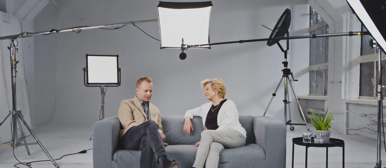Maciej Stuhr z mamą o zmaganiach z chorobą ojca.