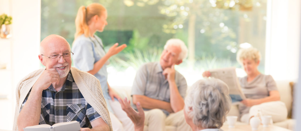 Decyzja o oddaniu chorego do domu opieki jest bardzo trudna.