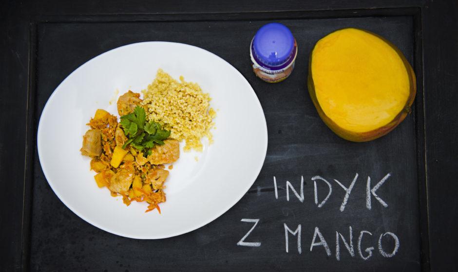 Indyjski indyk z mango na kaszy jaglanej