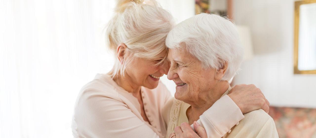 Rozmowa ze starszym człowiekiem o leczeniu