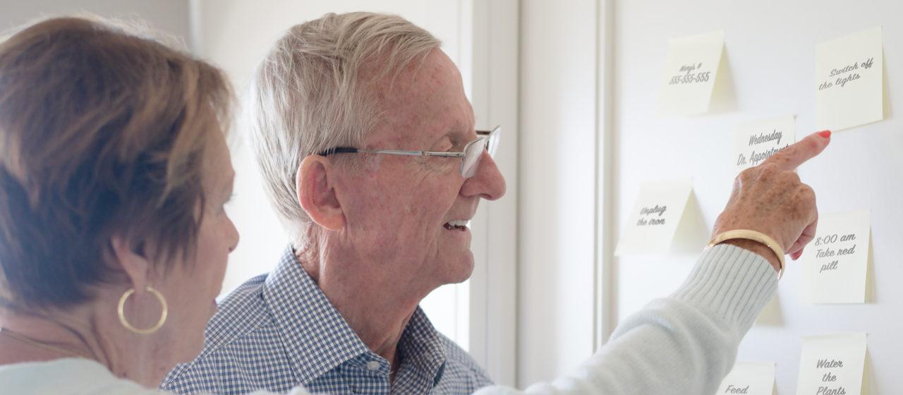 Choroba Alzheimera wiąże się z koniecznością przeorganizowania dnia osobie chorej.