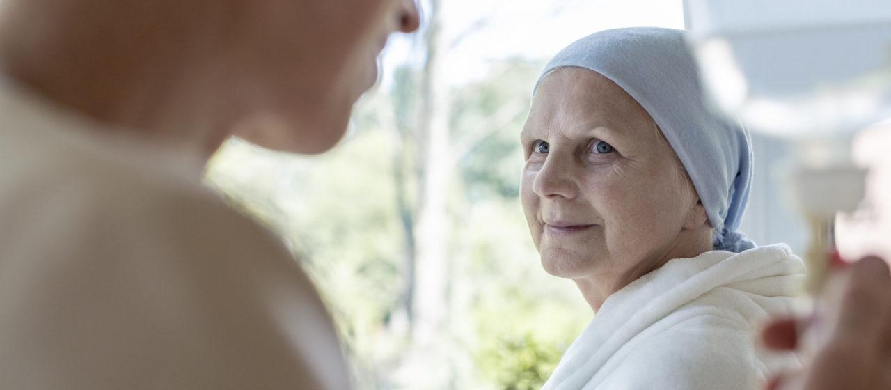 Niedożywienie w chorobie nowotworowej może wynikać z trudnego leczenia.