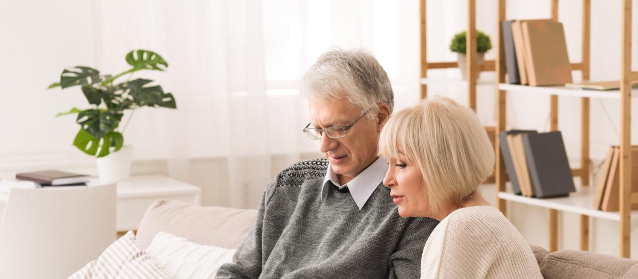 Osoby starsze i schorowane często mają problem z samodzielnością.
