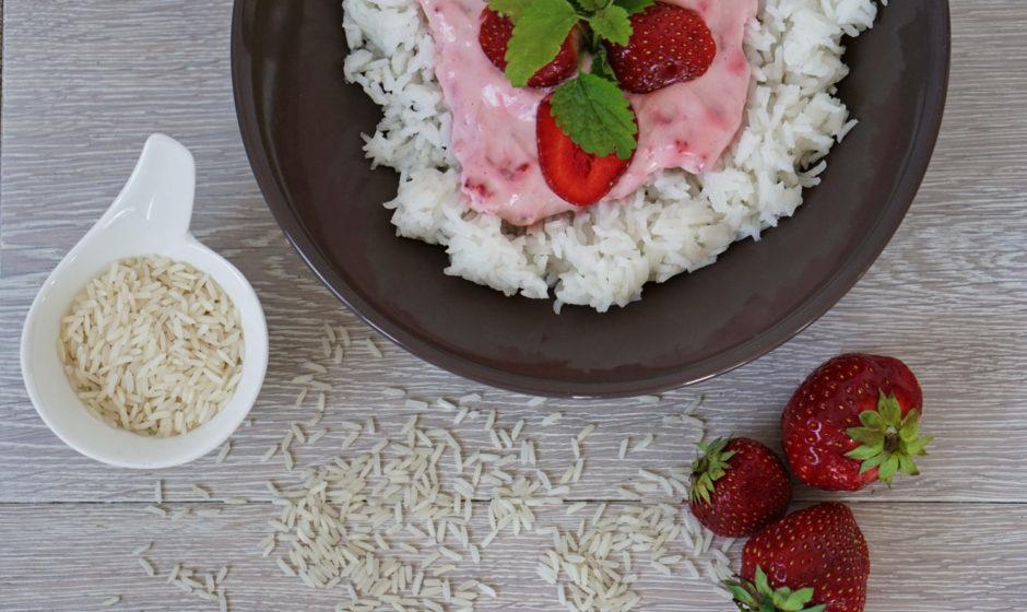 Ryż jaśminowy z owocami sezonowymi