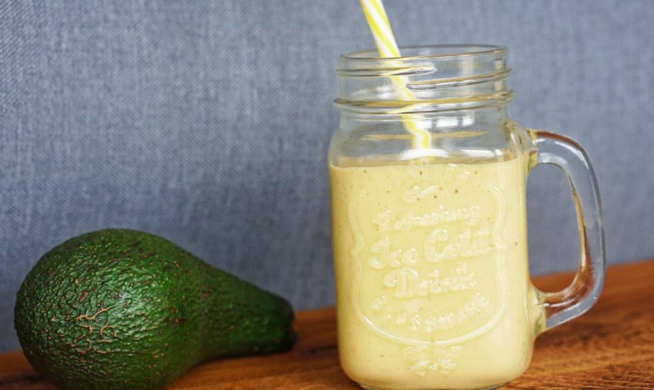 Shake waniliowo-bananowy z awokado