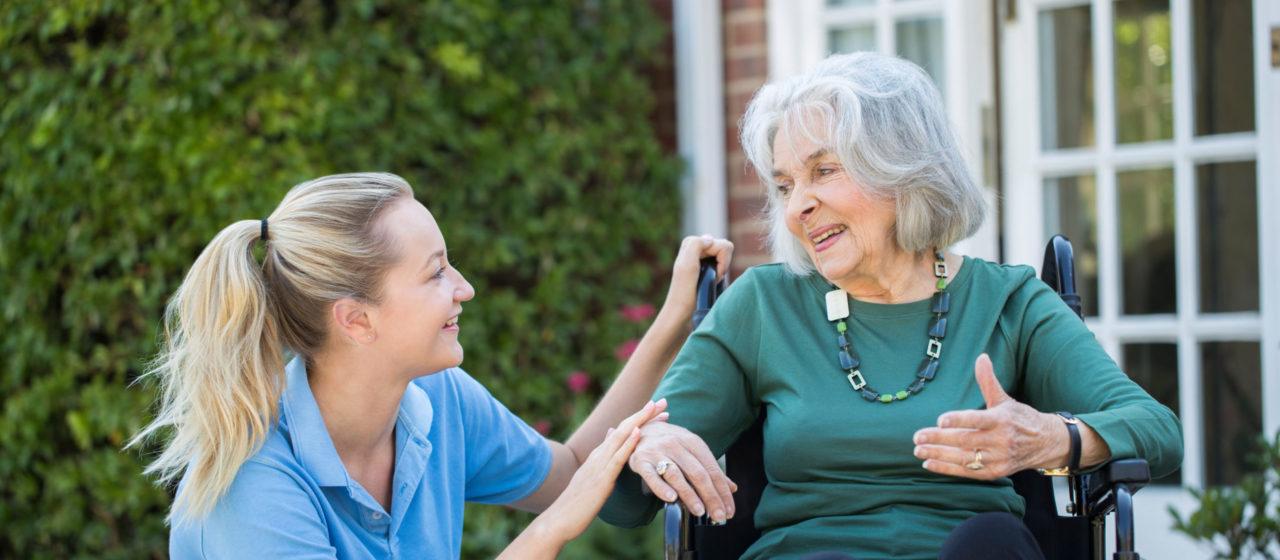 Wybór domu opieki dla chorego na Alzheimera jest trudnym zadaniem.